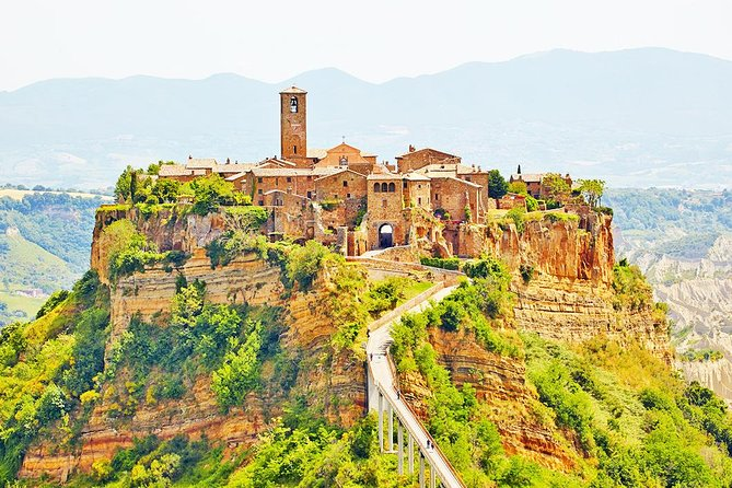 Day private tour from Rome to the Dying Town of Bagnoregio and Orvieto