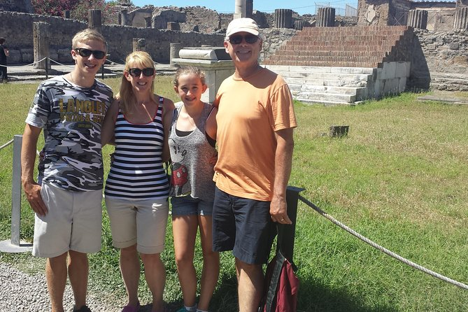 Pompeii Tour For Children and their Families photo 1