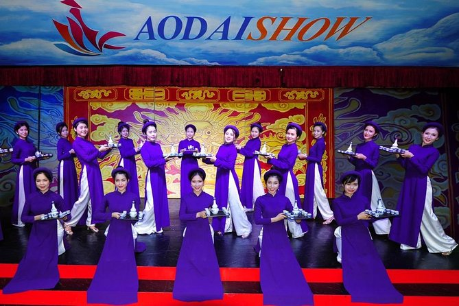 Ao dai Long-tail dress Show with Dinner