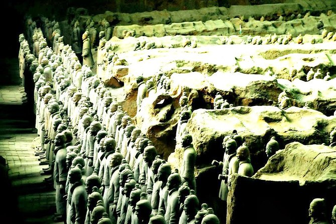 Xi'an Highlights of Terracotta Warriors and Customized Sightseeing