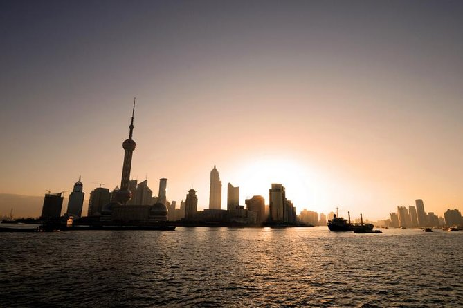 Shanghai Cruise Ports Private Arrival Transfer to Hotel in English Services
