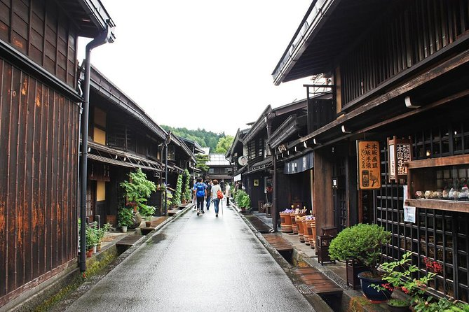 Private 2Days Takayama & Shirakawago Tour