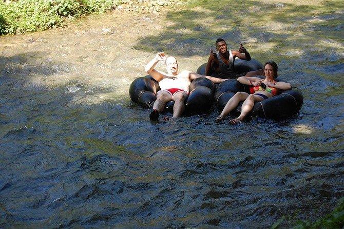 Combo Tour Blue hole e River Tubing de Ocho Rios