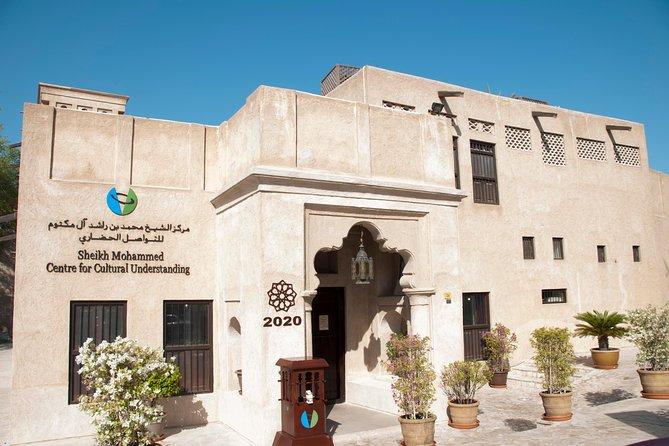 Cultural Tour of the Al Fahidi Al Bastakiya District in Authentic Old Dubai