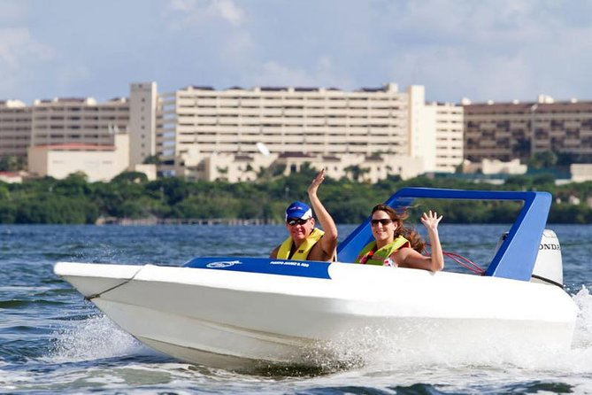 Lagoon Speed ​​Boat Adventure och Snorkling Tour i Cancun