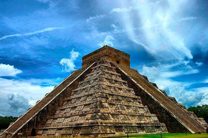 Chichen Itza Deluxe Tour from Cancun photo 2