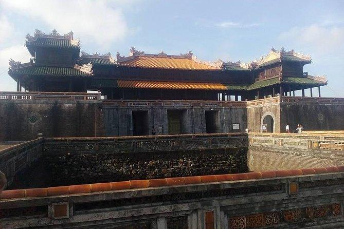 Daytrip to Hue Imperial Palace, Royal King Tomb &Perfume River via Hai Van Pass