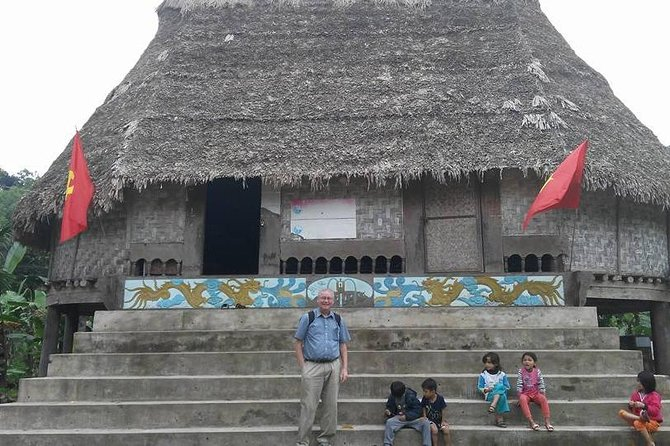 BHO HOONG VILLAGE & CO TU SMALL ETHNIC GROUP TOUR from Hoi an or Da Nang
