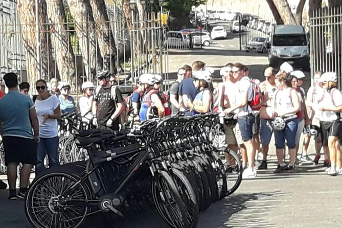 Guided Bike Tour of Rome Historical City Center Image