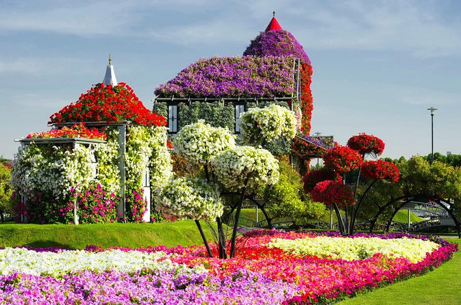 Miracle Garden And Global Village Dubai 2021