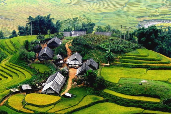 2-Day Trip to Sapa from Hanoi by Daytime Deluxe Bus