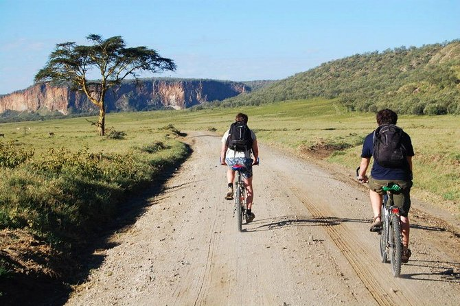 Hell's Gate and Lake Naivasha Guided Tour from Nairobi