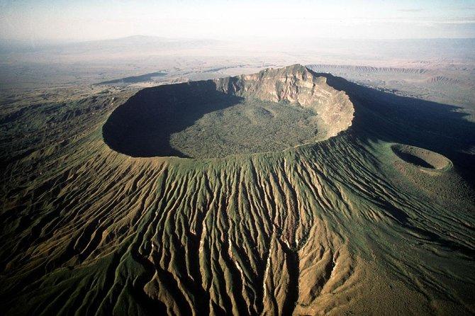 Mount Longonot Full-Day Hiking and Trekking Trip from Nairobi