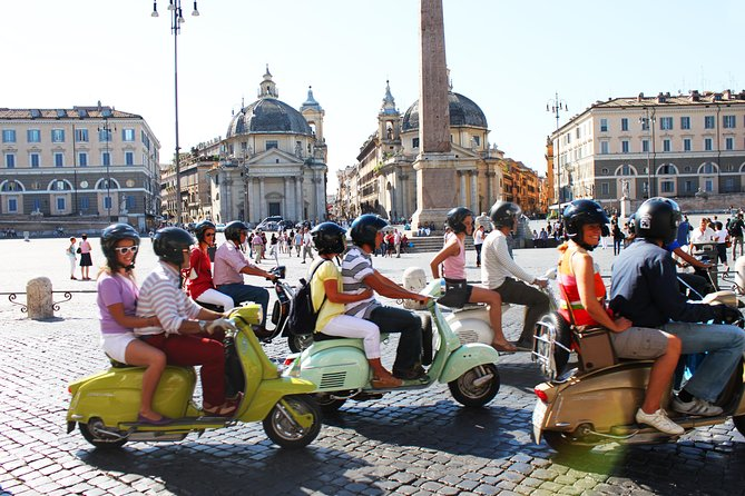 3-Hour Rome Small-Group Sightseeing Tour by Vespa