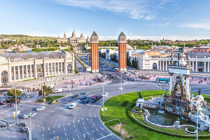 Must-Sees of Barcelona Private Driving Tour