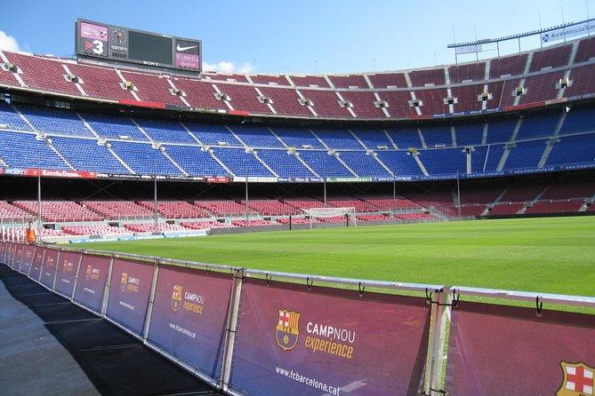 Experiencia con visita guiada al estadio Camp Nou del F.C. Barcelona con tapas y traslado