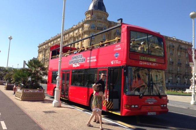 Donostia - San Sebastián Hop On - Hop Off Sightseeing Tour