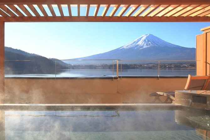 Mt. Fuji, Onsen Experience, and Outlets Shopping Day Trip from Tokyo