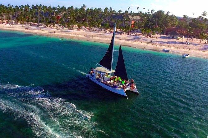 Catamaran Cruise with Snorkeling & Parasailing