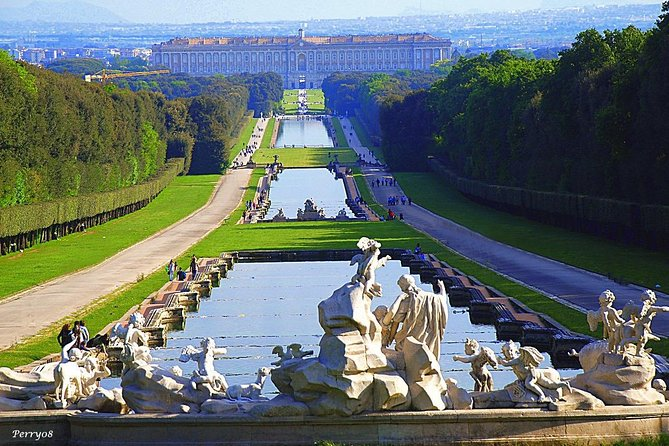 Full-Day Royal Palace of Caserta Tour from Rome with Lunch