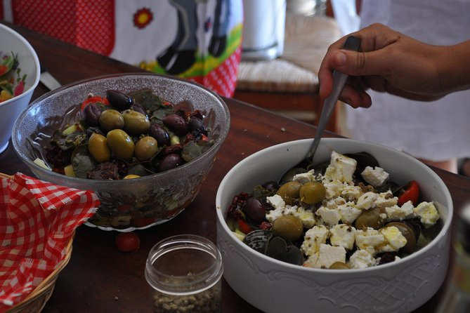 Santorini Gourmet Private Tour with Cooking Class and Lunch