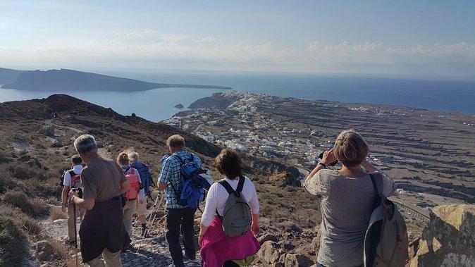 Small-Group Santorini Caldera Fira to Oia Hike