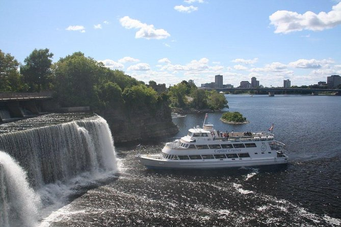 Ottawa River Historic Sightseeing Cruise