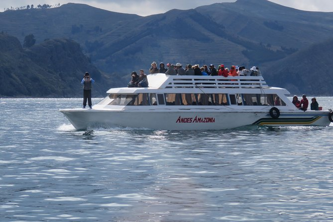 Day Tour to Titicaca Lake from La Paz photo 1