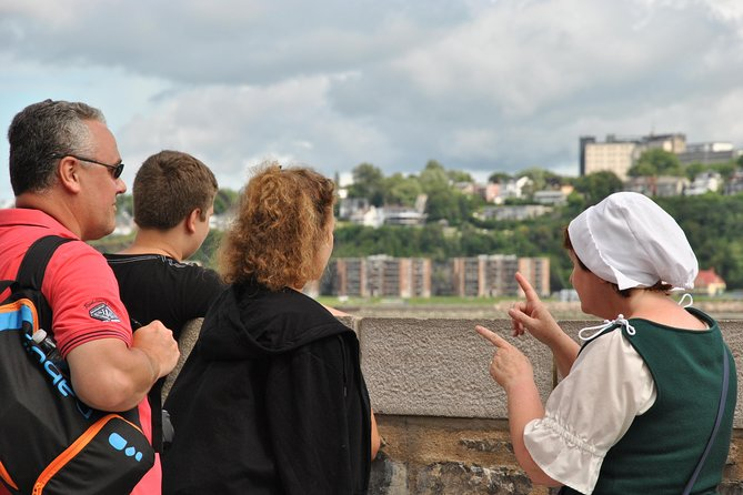Walking Tour in Old Quebec