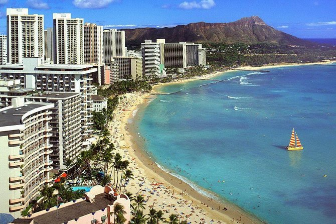 Waikiki Secret Beaches and History Tour
