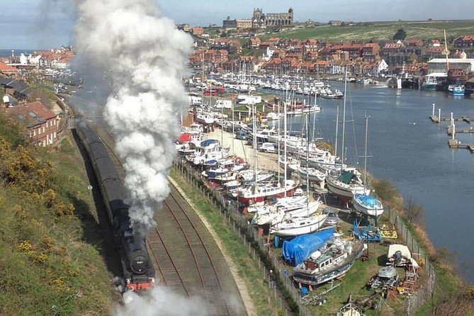 Robin Hood Bay, Whitby and the North York Moors Day Trip from York