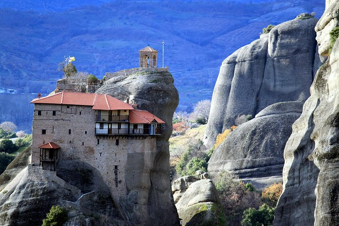 Private 2-Days to Top Unesco Sites of Delphi & Meteora - Great Lunch included