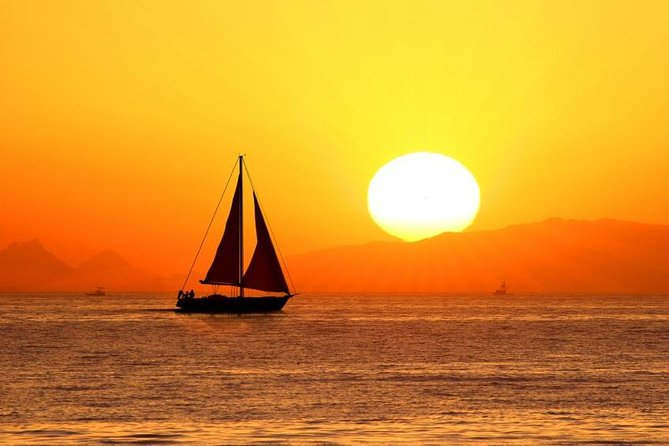 Cabos Original Sunset Cruise photo 1