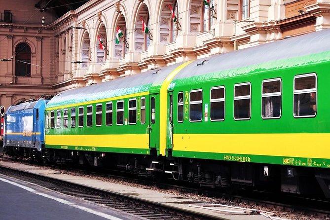 Gedeelde aankomsttransfer: treinstation Keleti pályaudvar in Boedapest naar hotels in Boedapest