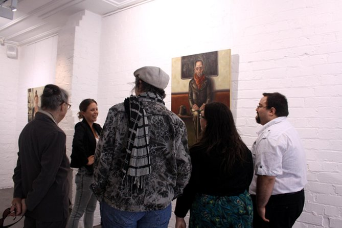Join the locals: 2-Hour Auckland Dealer Art Gallery in Auckland