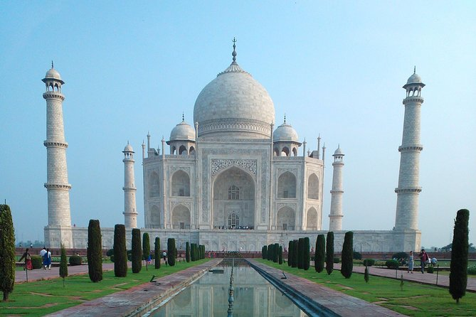 Tajmahal Private Tour From New Delhi with Lunch