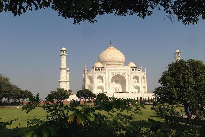 Private Transfer From Jaipur to Agra including Fatehpur Sikri