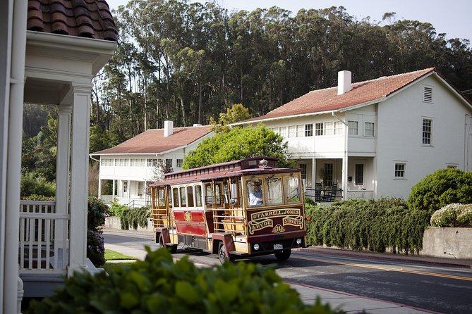 Learn all about the history of the famous Presidio of San Francisco as you meander through this beautiful landmark.