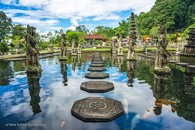 The Best Private Full Day Trip-Tirta Gangga-The Gate Of Heaven Lempuyang Temple