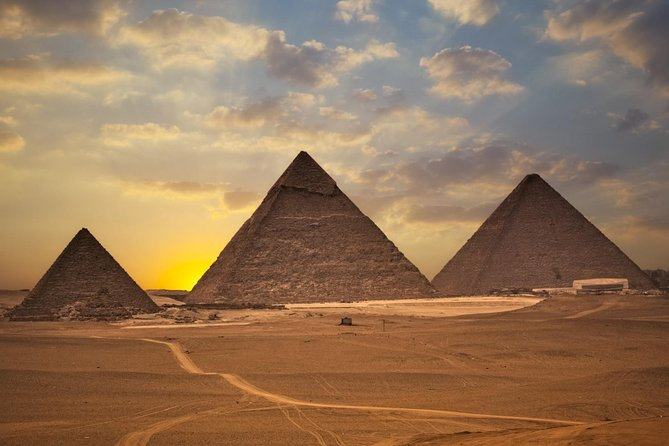 Half-Day Great Pyramids of Giza Tour