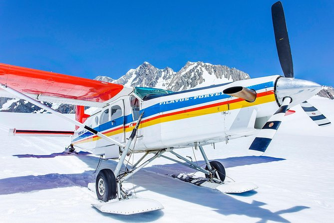 35-Minute Valley and Glacier Ski Plane Tour from Mount Cook