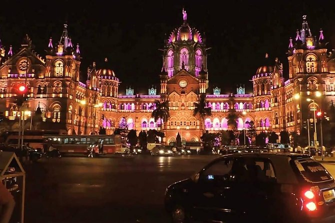 Best of Mumbai by Night Private Tour with Dinner and Transport.