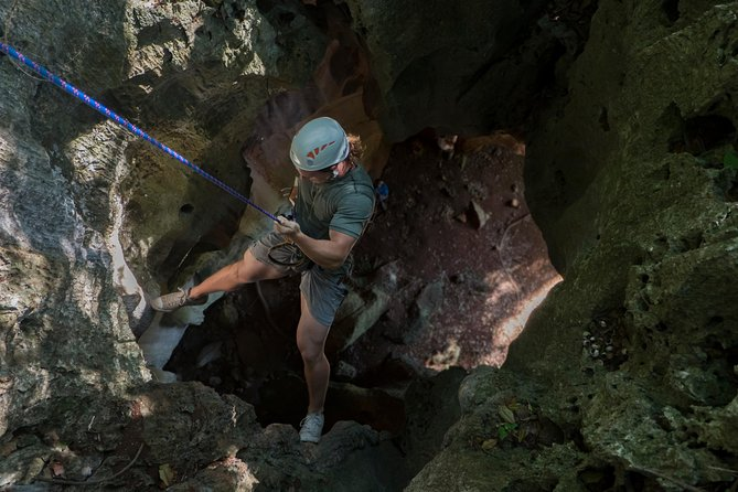 Thrilling Half Day Nadi Abseiling Tour with Lunch and Transfers
