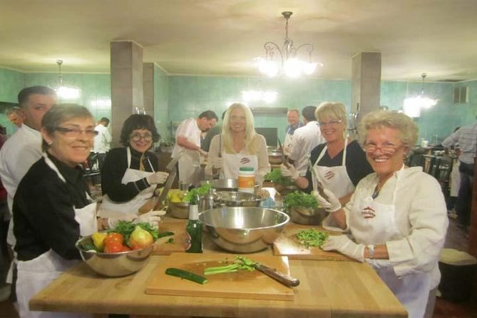 4 Hour Cooking Class in Petra photo 2