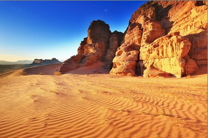Private Full Day Trip to Wadi Rum Valley of Moon Martian Desert from Dead Sea