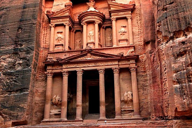 Full-Day Trip To Petra And Wadi Rum