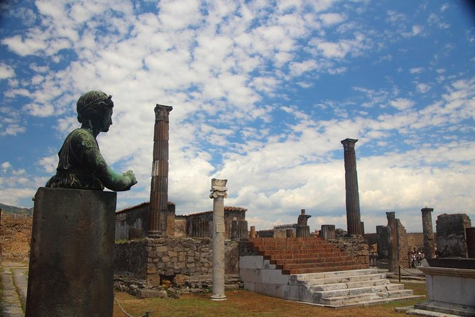 Day Trip to Pompeii Ruins from Rome