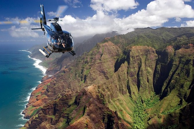 Kauai Shore Excursion: 55-minute Helicopter Adventure Flight