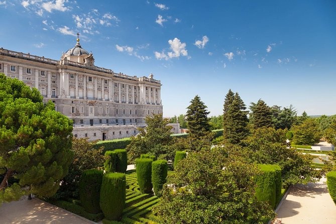 Madrid Royal Palace Private Tour with Skip-the-line Ticket