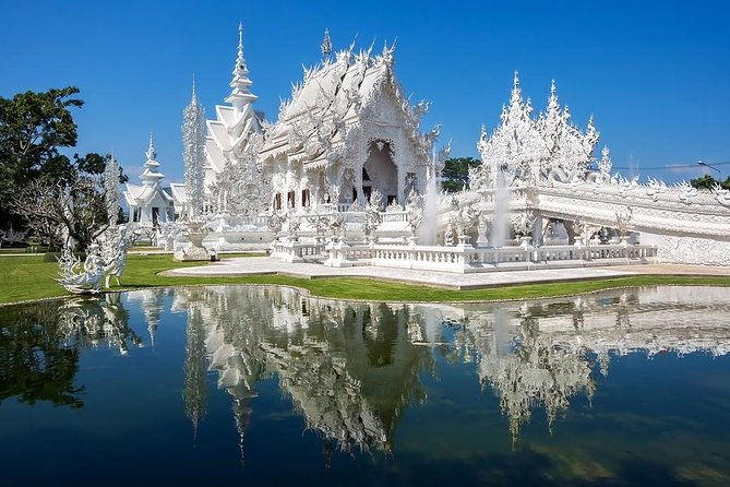 White Temple, Golden Triangle and Cruise photo 1